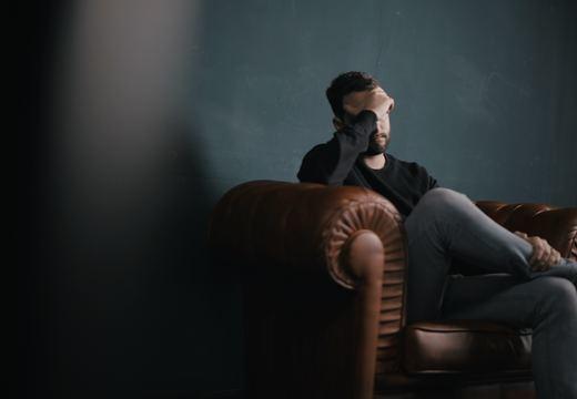 耳鳴りの原因と対策